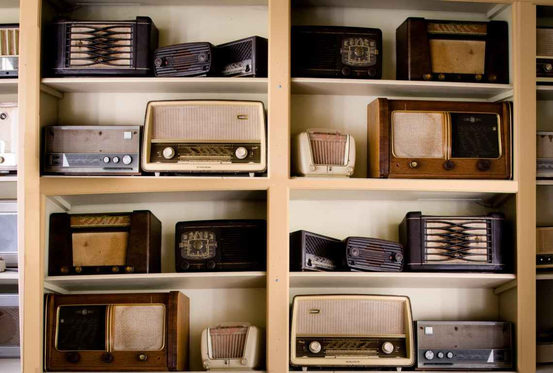 vintage music antique radio